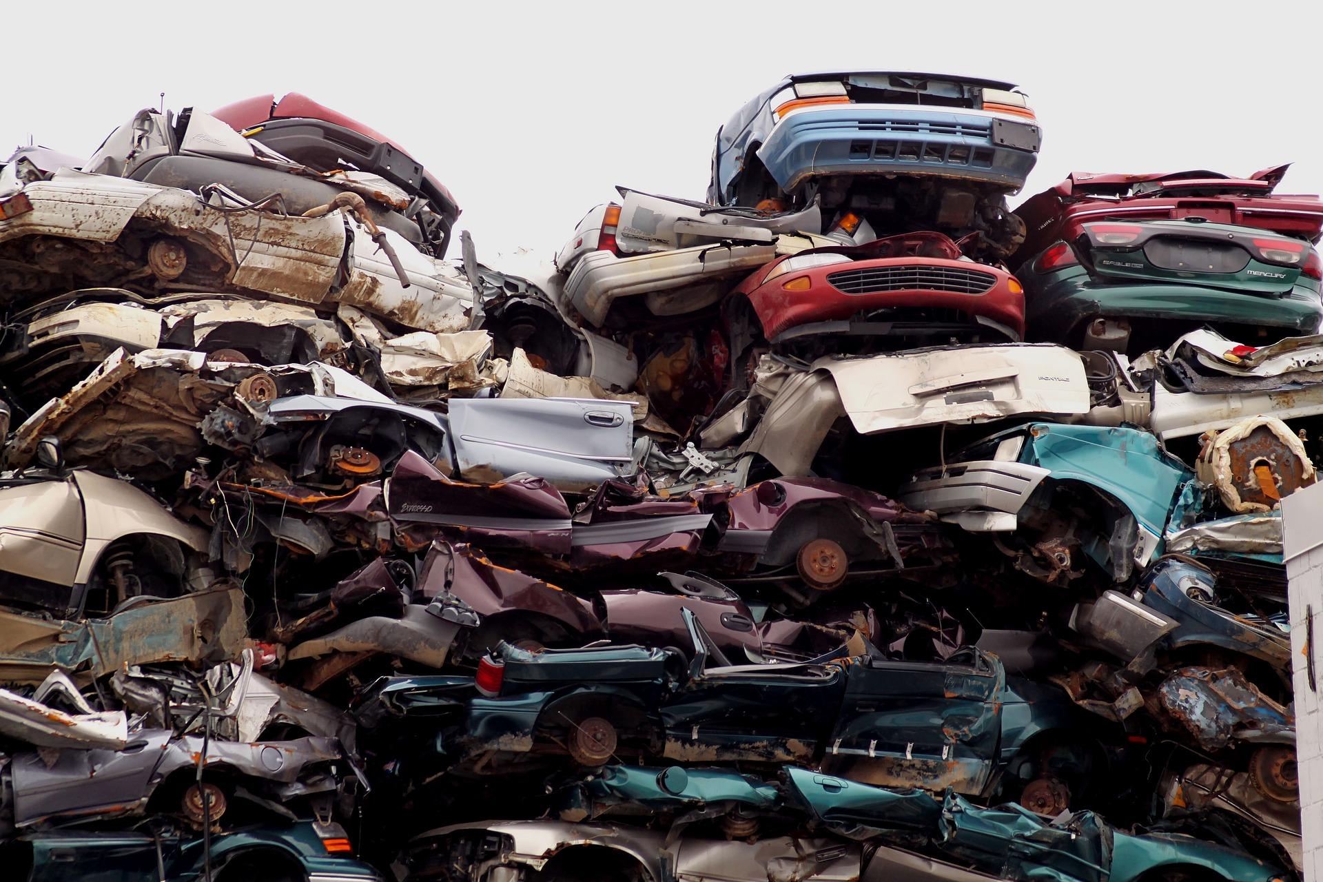 Zdjęcie złomowiska samochodowego